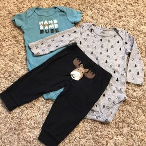 Carters 3 piece moose outfit